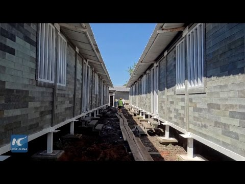 Colombia builds houses with blocks made of discarded plastics