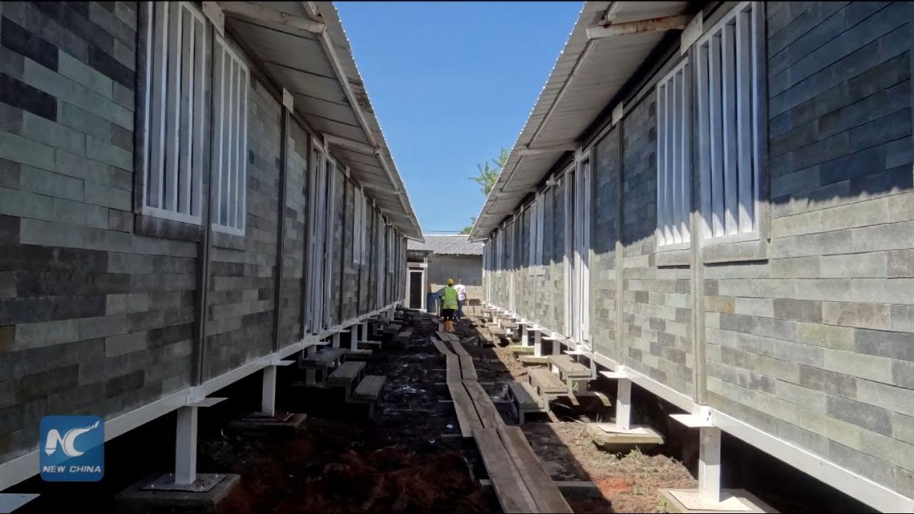 Colombia Builds Houses With Blocks Made Of Discarded