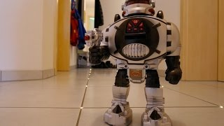 RC SPACE FIGHTER ROBOT Remote Control in Action Walk Dance Shooting