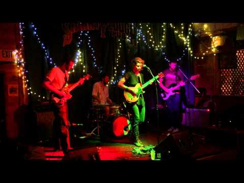 Turns to Nothing - The Furrow  Live at the Starry Plough
