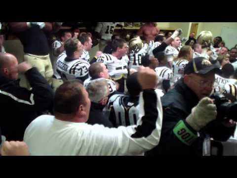 WMU Sings Fight Song after Win at CMU