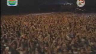Bon Jovi - Lay Your Hands On Me (Live in Jakarta)