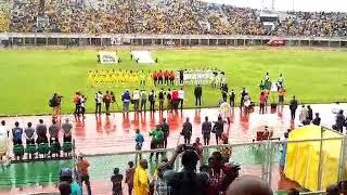 L'hymne national de l'Algérie. Trinité Singbo