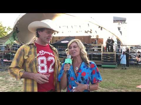 Backstage Chats W Corb Lund