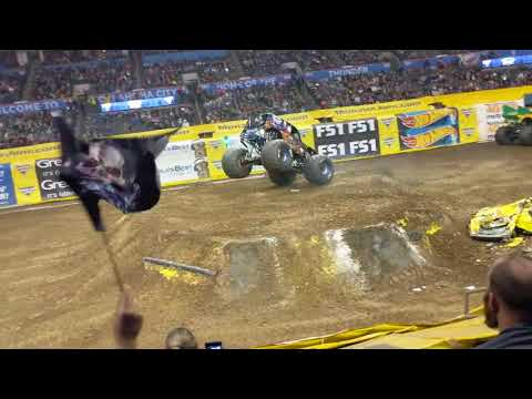 Son Uva Digger Winning Freestyle (Crash) Monster Jam Oklahoma City 2018