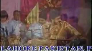 YouTube - mainu tere jiya by Ustad Hamid Ali Khan sahb.flv