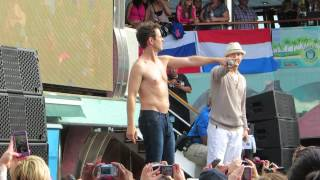 Donnie Wahlberg and Joey McIntyre - Pour Some Sugar on Me - Day Party NKOTB Cruise 2014 Video