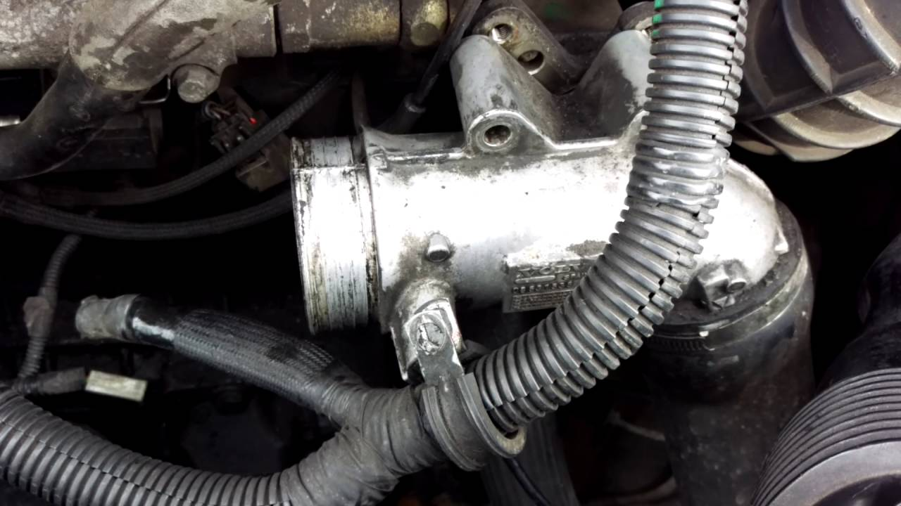 How to Remove and Install a Starter Motor. Volvo and ...