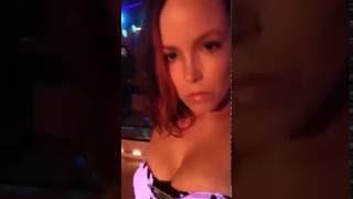 Juicy Jordis - native selfie video