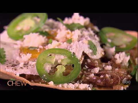 JoAnna Garcia Swisher Makes Chilaquiles With Michael Symon on The Chew