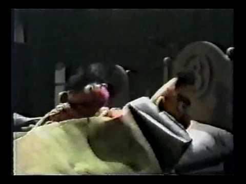Sesame Street - Ernie & Bert: blackout at night