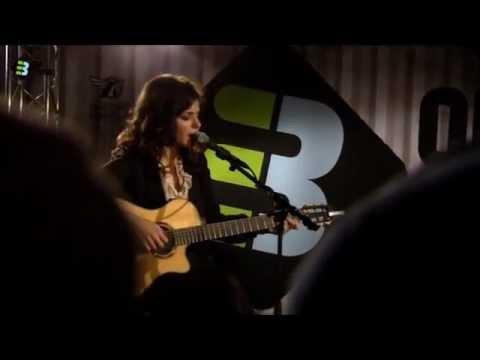 Katie Melua - Nine million bicycles (live...