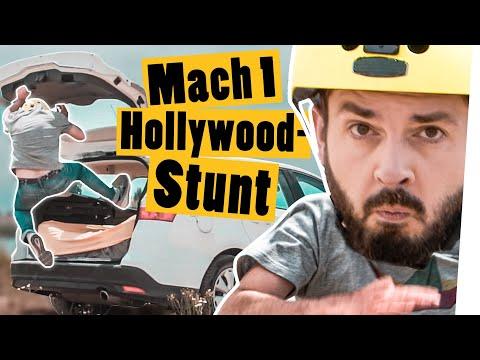Spring in den Kofferraum und mach ihn im Flug zu || Stuntman Challenge || Das schaffst du nie!
