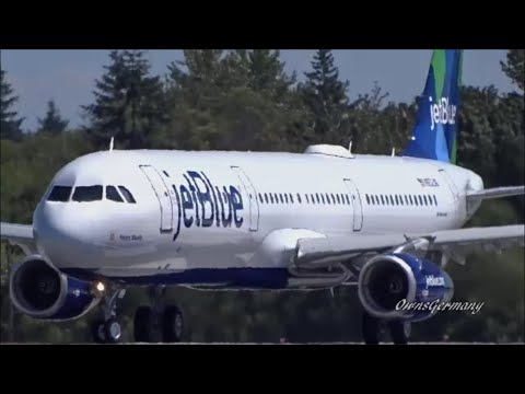An Airbus A321 JetBlue Delivery Flight @ KPAE Paine Field