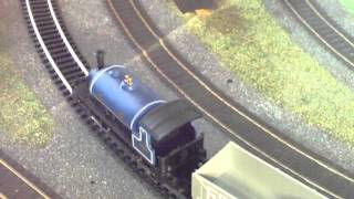 Electric Model Trains Video Hornby Blue Caledonian Belle Train Set