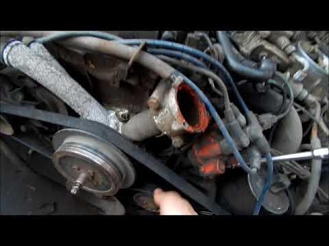 Замена ремня и ролика натяжителя на мерседес 124 двигатель М 102 и 103