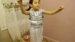 Kami 6 ans, danse  Kabyle.