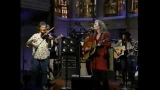 Watch Emmylou Harris Crescent City video