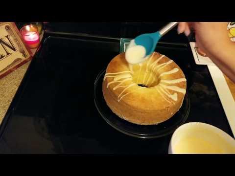 Louisiana Crunch Cake ( Holiday Series )