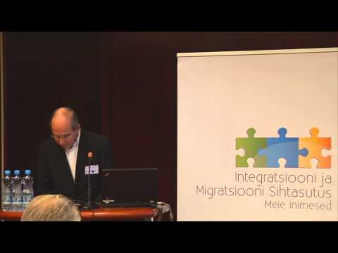 "Robert Palmer:  ""Integration Policies for Europe in the XXI Century"""