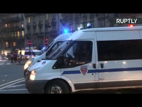 «Mardi noir» à Paris, des lycéens protestent contre les réformes de l'Education