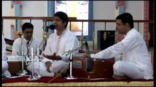 """Taller de Bhajans """"UNO CON SAI"""", de toda India, en Prashanti Nilayam."""