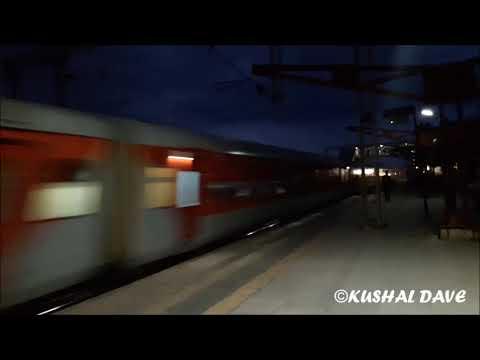 22935 Bandra Terminus Palitana Weekly Express first run with LHB Coaches
