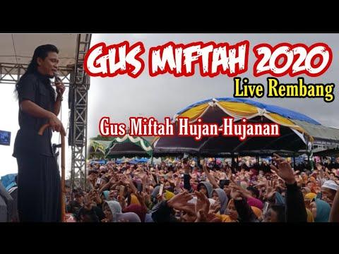 Pengajian Gus Miftah Terbaru 2020 Rela Hujan Hujanan Demi Jamaah Yang Bludak Youtube