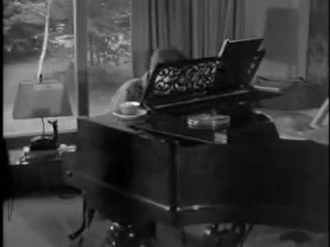 Glenn Gould Partita no. 2 en do mineur de Bach (BWV 826 I. Sinfonia)