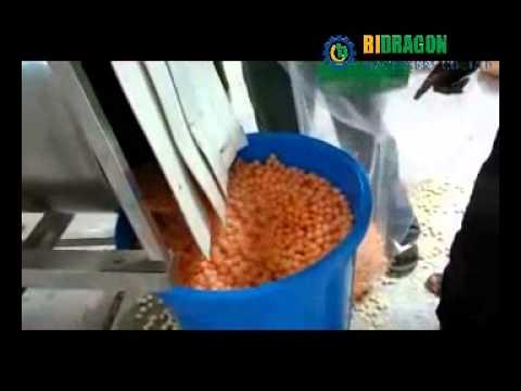 how to make cheese balls,cheese ball machine operated by Nigeria customer provided by Bidragon Ltd