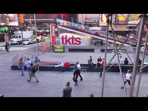 Times Square - Midtown Manhattan, New York City - Times Square Live Camera 24.7