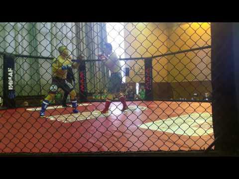 Marian Taraba (Penta gym Praha) vs Victor Espinoza
