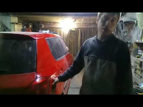 Как снять лючок бензобака на шкода фабия