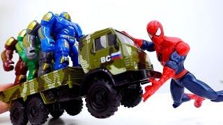 Видео для детей: игрушки #Супергерои! Джокер обманывает Человека Паука.