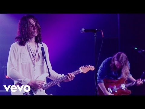 Tyler Bryant & The Shakedown - The Wayside (Live From The Beast)