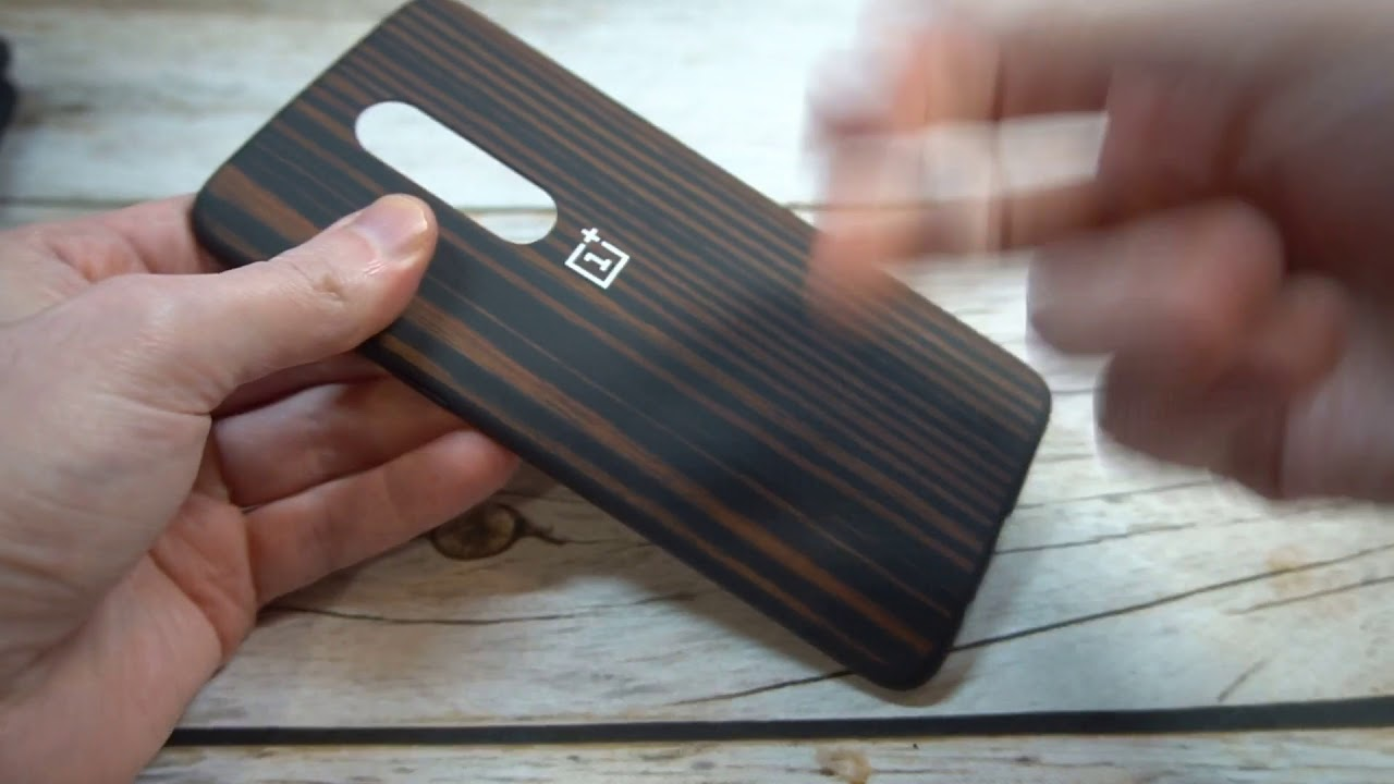 hot sale online 7ced0 a5f7d Official OnePlus 6 Bumper Case Ebony Wood Unboxing and Review