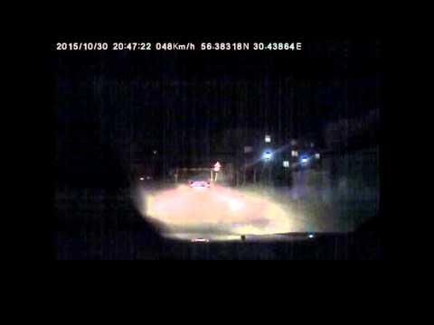 В Великих Луках сотрудники ДПС ГИБДД применили табельное оружие для остановки автомобиля