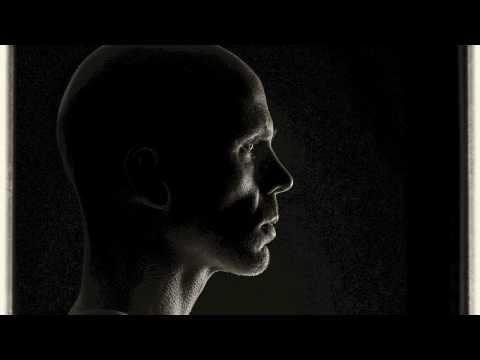 06 Charakter Portrait mit Seitenlicht mit einem Aufsteckblitz