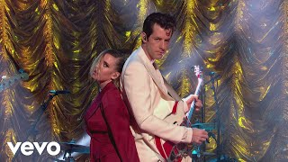 Mark Ronson - Late Night Feelings (Live on The Jonathan Ross Show) ft. Lykke Li