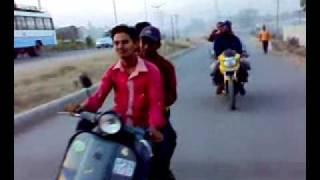 hyderabad khatri's maza lo on bike 4