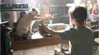 Hotel for Dogs (2009) Part 1/17