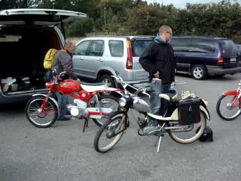 Gamla mopeder i Bålsta