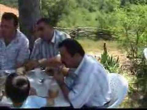 Sinop Boyabat Emiroglu Köyü Türbe Keşkegi 2. boyabat57.com