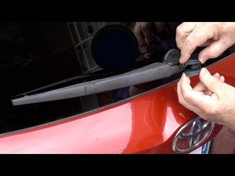 How to change a rear windshield wiper on a Toyota RAV4