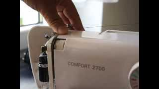 Как правильно заправить нитку в ЛЮБУЮ швейную машинку. Ремонт швейной машинки шаг  2(Заходим на РОЗЫГРЫШИ ПРИЗОВ: https://goo.gl/ys0QcF Последовательность заправки нитки в любую домашнюю швейную машин..., 2013-12-08T10:47:47.000Z)