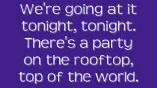 Hot Chelle Rae - Tonight Tonight [Lyrics]