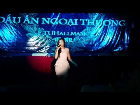Phương Vy Idol - Yêu đời - Live At FTUHallmark 2012   FTUNEWS.COM