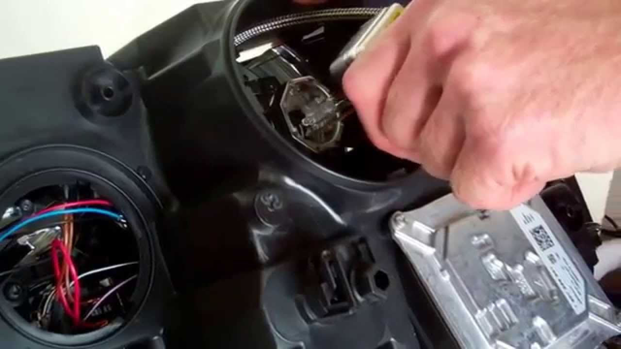 Range Rover L322 2010 Headlight Guide And How To Change
