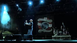 Marta sui Tubi - Vecchi Difetti + A modo Mio - Live Modena