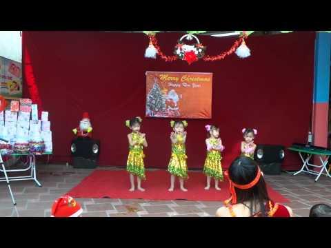"""Múa Cho Mẹ Xem - Nhóm Múa """"4 Chú Gấu"""" Quỳnh Anh - Tuyết Mai - Ban Mai - Kỳ Duyên"""